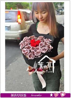 玫瑰金玫瑰花束 106081310
