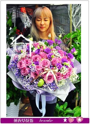 荷蘭進口紫玫瑰33朵 106082001