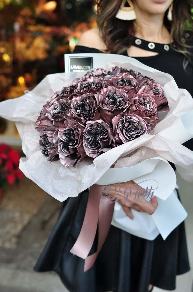 荷蘭進口金屬庭園玫瑰花束108112401