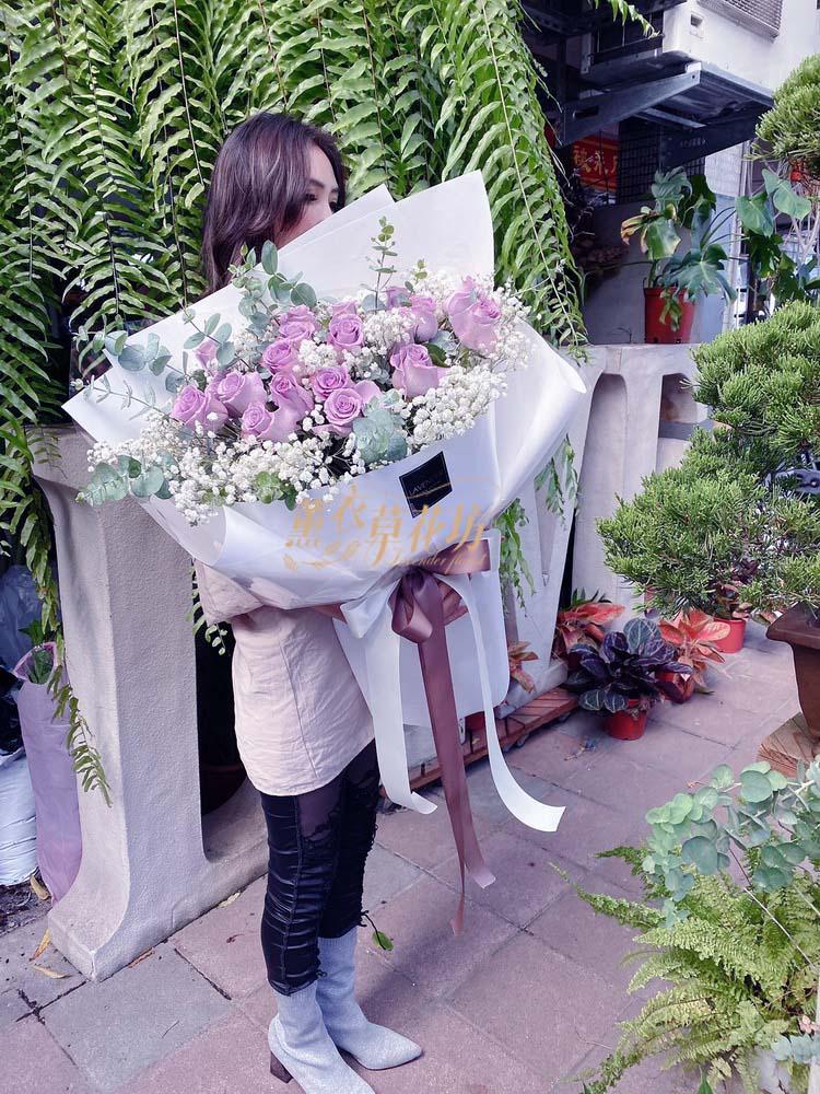 大型花束~荷蘭進口紫玫瑰20朵 108173020