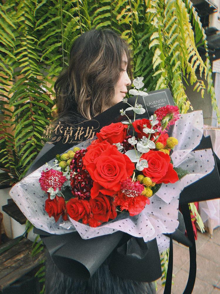 荷蘭進口玫瑰花束109020409
