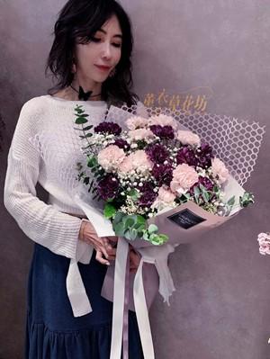 康乃馨花束 108042901